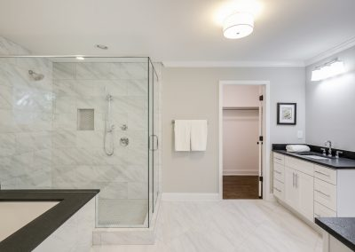 Silvapine master bathroom 4